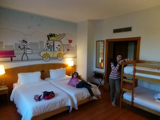 HF Fenix Lisboa: habitacion cuadruple