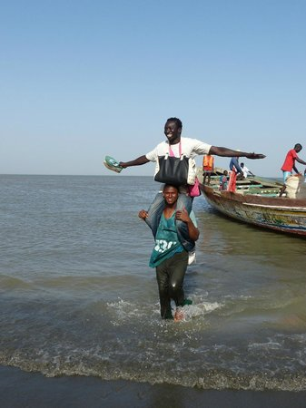 Laico Atlantic Banjul Hotel: banjul to barra in Long Boat