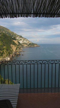 Il San Pietro di Positano : view from our bedroom terrace