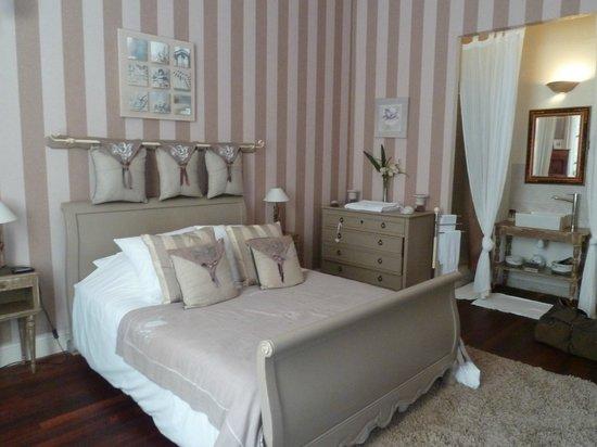 Château La Moune : Our Bedroom
