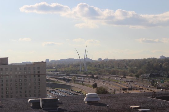 dc skyline from skydome lounge apr 23 2013 picture of. Black Bedroom Furniture Sets. Home Design Ideas