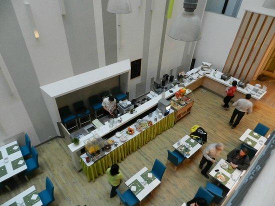 Atrium Fashion Hotel : Colazione a buffet_