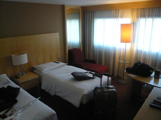 Sheraton Frankfurt Airport Hotel & Conference Center : 広々空間
