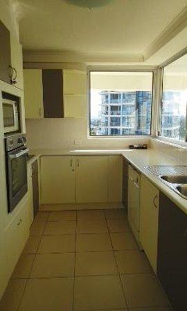 Baronnet Apartments: キッチン