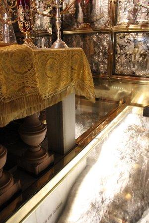Iglesia del Santo Sepulcro: La pietra del Golgota