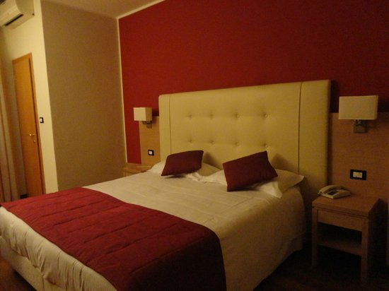 Hotel Accademia: Camera