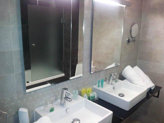 Villa Del Mar Hotel: Baño