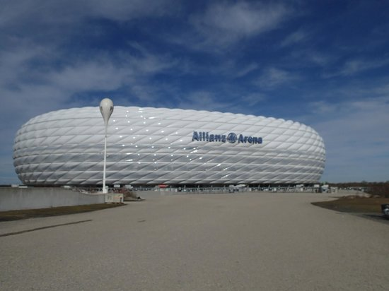 Allianz Arena: Outside