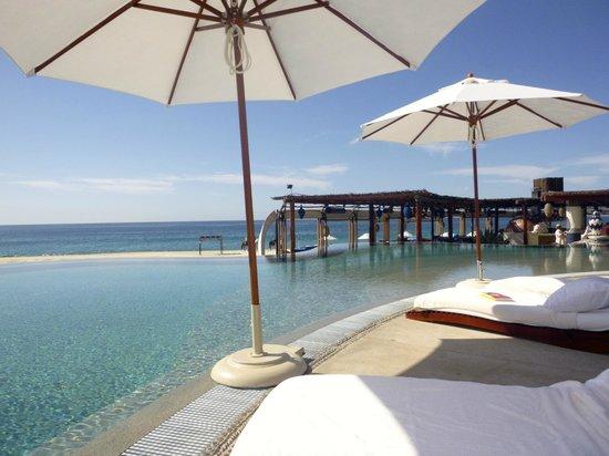 Las Ventanas al Paraiso, A Rosewood Resort: View from pool
