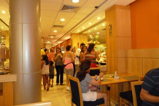 Hotel Astoria Palace: Gedränge beim Frühstück