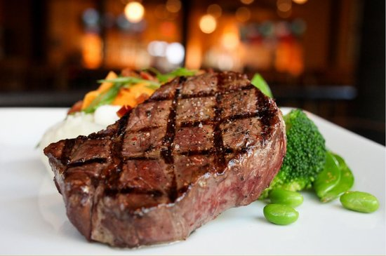 Jack Astor's Bar & Grill : Classic Steak