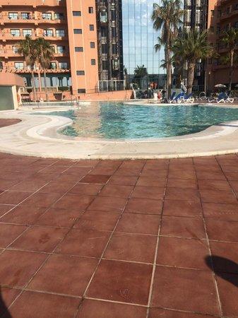Hotel ATH Las Salinas Park: piscina