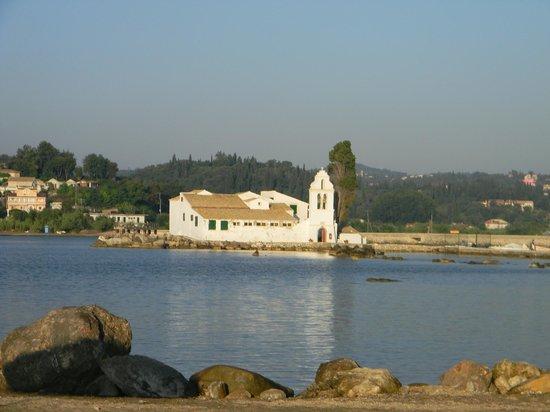 Corfu Holiday Palace: монастырь Богородицы Влахерна