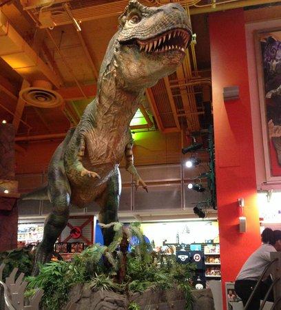 Toys 'R' Us Times Square: il T-Rex