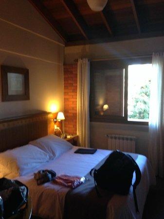 Hotel Laghetto Gramado: Quarto aconchegante