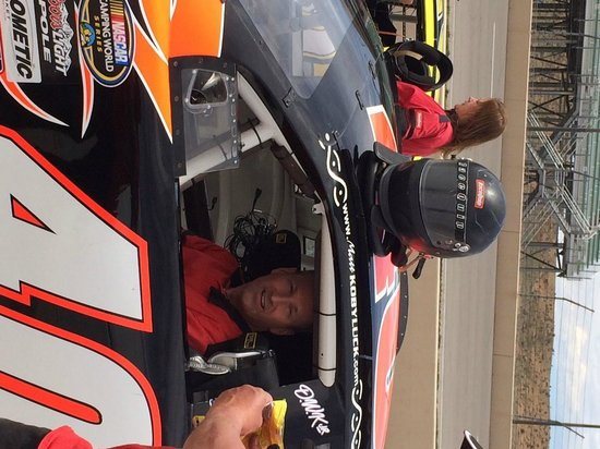 Rusty Wallace Racing Experience: Strapping in