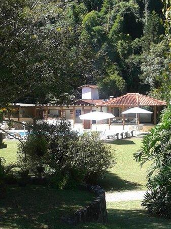 Vista parcial do terreno do Hotel Vivenda Penedo