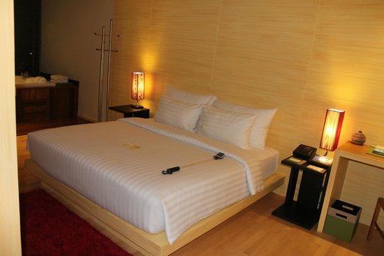 The Senses Resort & Pool Villas: bed
