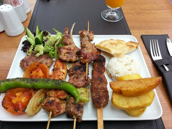 Dedem K. Restaurant: Turquish mixed grill. Very good meat. And the eyes also eat!
