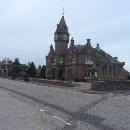 Glenesk Hotel : Another view