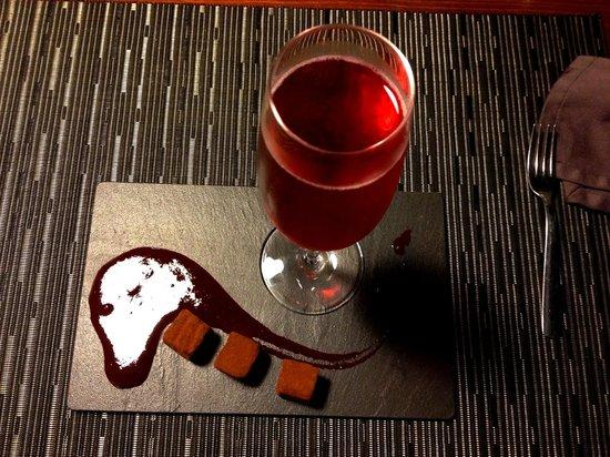 El Nou de Granados: Kir Royal Amb Trufes De Xocolata