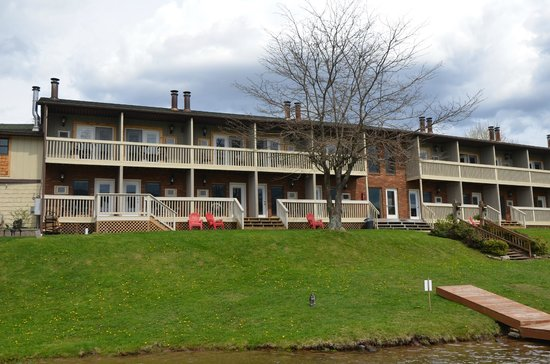 Photo of LakeStar Lodge McHenry