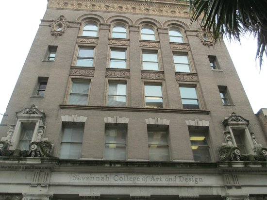 Savannah Historic District : Art Deco