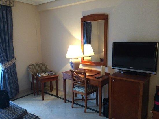 Hotel Fernando III : Desk