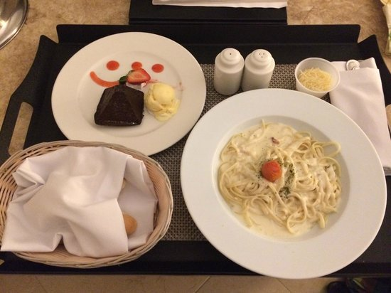 The Westin Resort & Spa Cancun: room service