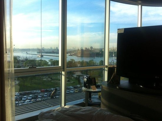 DoubleTree by Hilton Istanbul - Moda : View from room 501