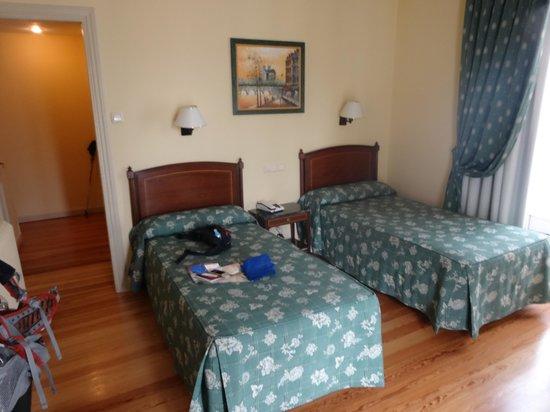 Hotel Norte y Londres: 部屋