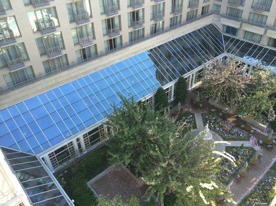 Fairmont Washington, D.C. Georgetown: Courtyard