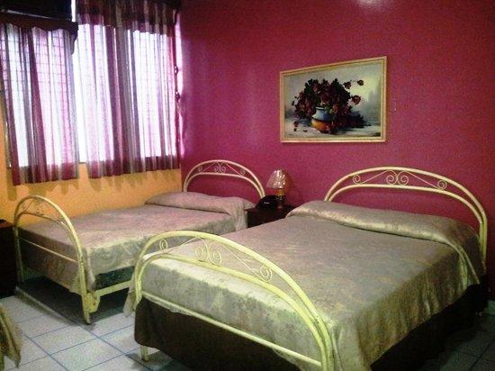 Hotel La Fragata : Nuestras cómodas y amplias habitaciones