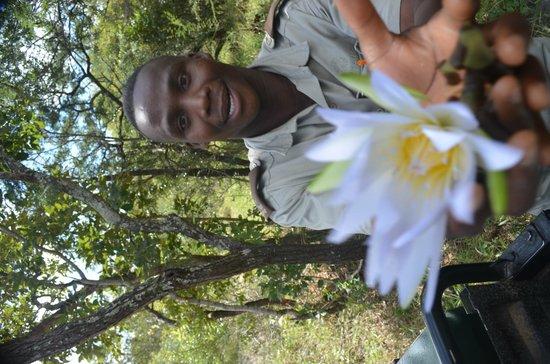 Kapama River Lodge: Kallie , nosso ranger , nosso mestre ...