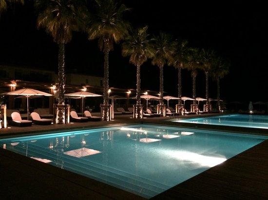 Anantara Vilamoura Algarve Resort: Poolside @ Night