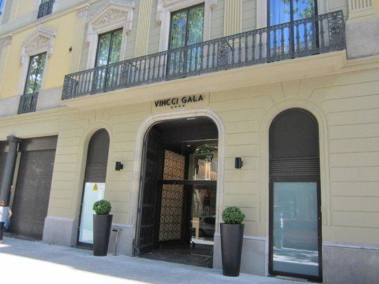 Vincci Gala Barcelona : Front of hotel