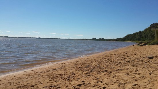Playa en Ituzaingo Corrientes. Republica Argentina.