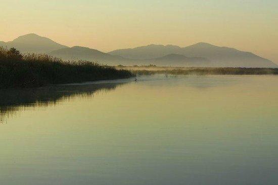 Hilton Dalaman Sarigerme Resort & Spa: Sunrise over the river
