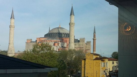 Hagia Sophia Hotel Istanbul Old City: SF on a Sunny day
