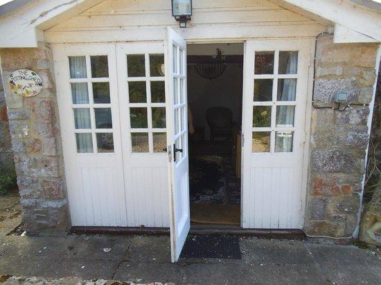 Potting Shed Holidays: the main entrance