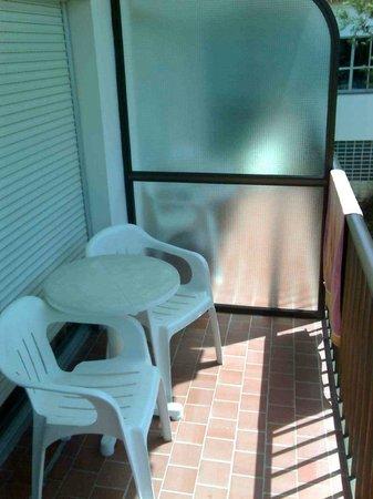 Isdabe Complejo Residencial: Balcón