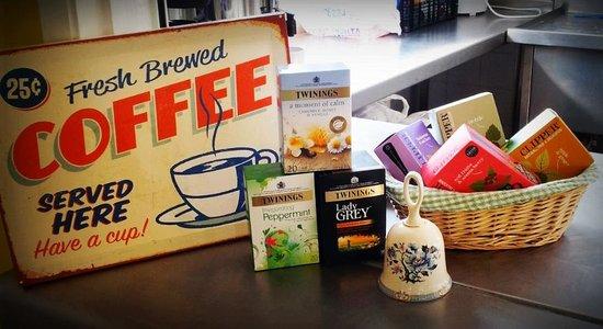 Harlington, UK: Great selection of teas plus freshly brewed fair-trade coffee