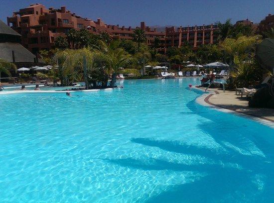 Sheraton La Caleta Resort & Spa, Costa Adeje, Tenerife: PISCINA AGUA SALADA
