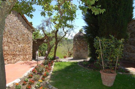 Hotel Belvedere Di San Leonino: Giardino