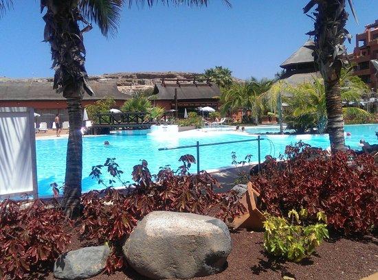 Sheraton La Caleta Resort & Spa, Costa Adeje, Tenerife: PISCINA AGUA DULCE