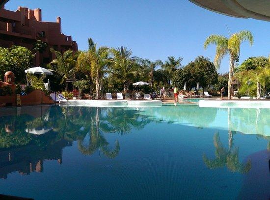 Sheraton La Caleta Resort & Spa, Costa Adeje, Tenerife: VISTA DESDE COMEDOR DESAYUNO