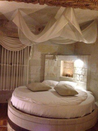 Anatolian Houses: bed