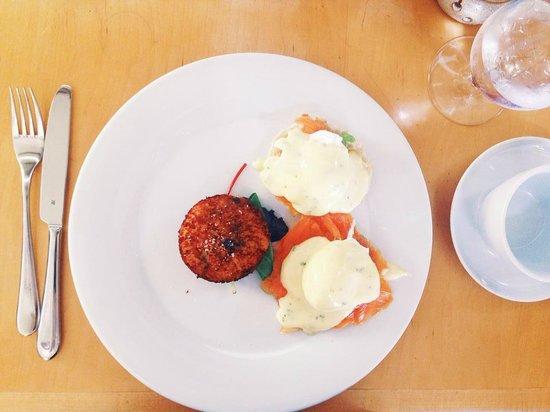 Zees Grill: Salmon Avocado Eggs Benedict