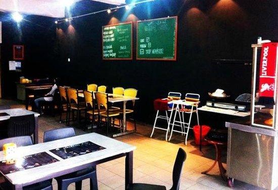 Gemoq Cafe