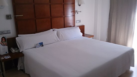 TRYP Zaragoza: vaya cama!!!!
